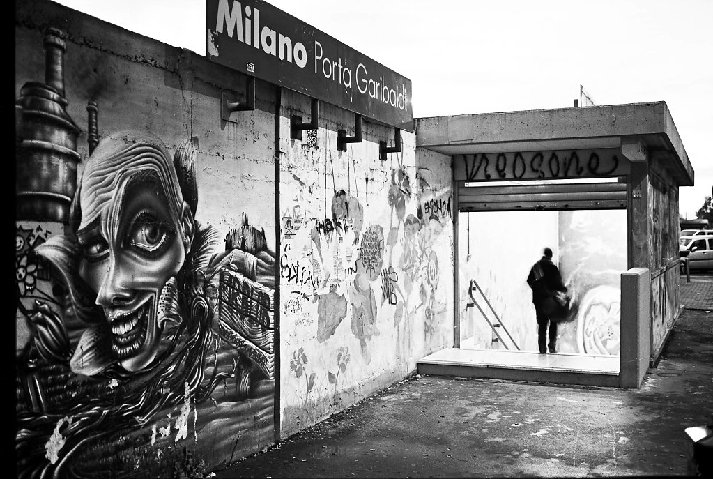 MilanoPorta-Garibaldi.jpg
